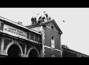 Sur les toits - Nicolas Drolc